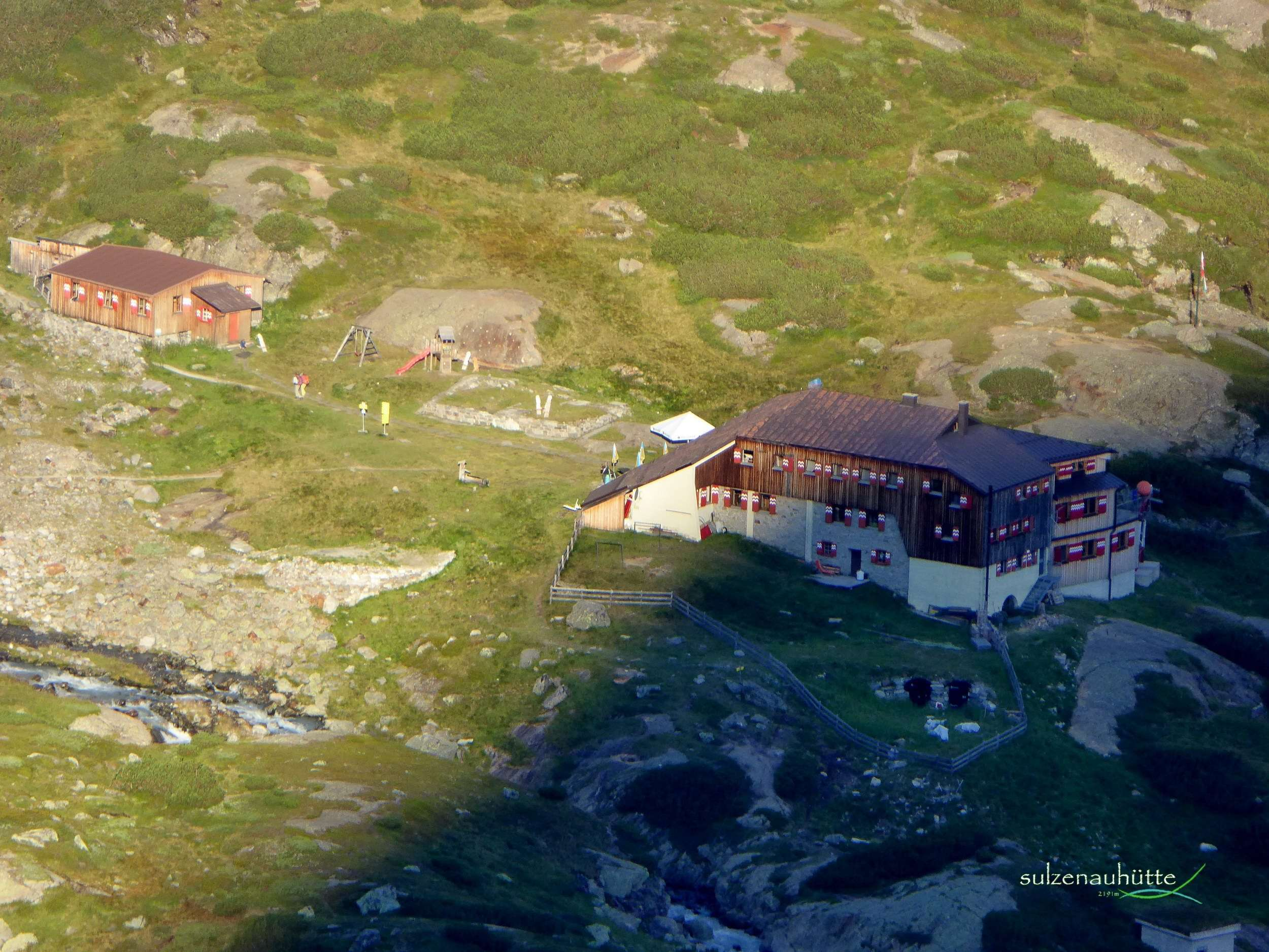 Sulzenau hut - Stubai High Trail
